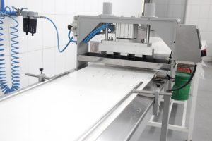 Fábrica de produtos alimentícios diferença de pequena produção